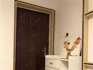 60万3室2厅2卫精装修出售,双证齐全房主急售。
