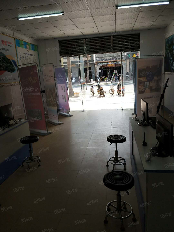 琼海市博鳌镇博鳌中学对面铺面转让一二层各130平