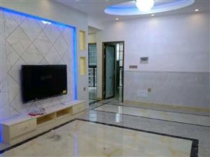 阳光城四象对面电梯房96平米3室2厅2卫精装修
