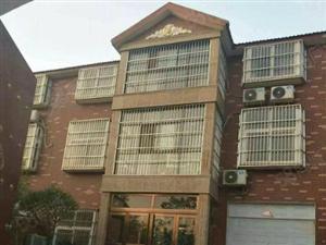 出售东街小别墅三层别墅精致外观低调奢华进车方便