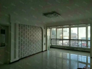 福门新天地两室一厅一卫精装修