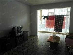 东城蓝天小区3室简装出租
