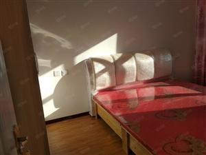 免取暖费物业费1100出租东方名邸两室住房