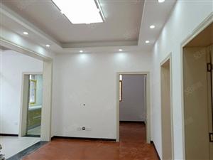 团结路小学单位院内精装修未入住三室二厅带储藏室