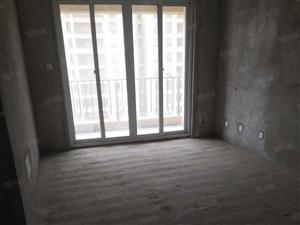 城南望府紧凑型小三室双卧加客厅朝南光线好