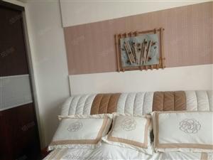 沧州道东商贸小区4楼3室精装家具家电齐全拎包入住2200元