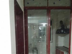 泰山现代城4楼出租楼房!2室2厅!带家具家电!