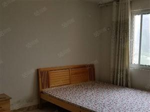 五洲祥城前排观景房7楼,三室两厅两卫,简单装修