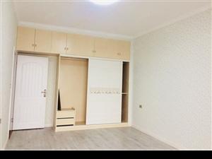 东江国际136平3室2厅2卫豪华装修南北通透户型采光极好