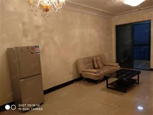 恒大城精装两室,拎包入住,小区环境优美,价格实惠
