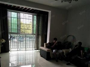 刘小公园附近2楼3室2厅2卫精装繁华地带好房出售