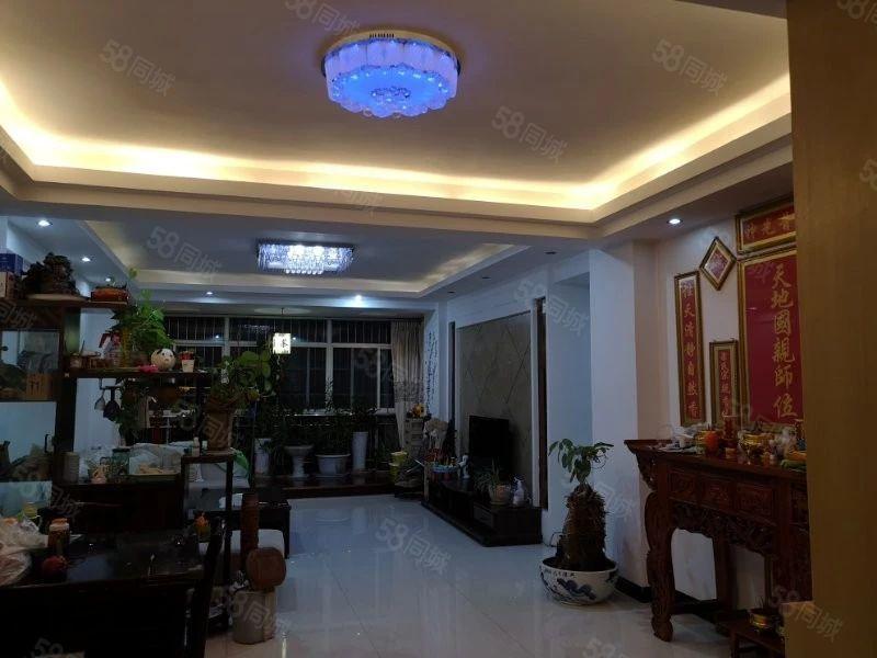 银都家园5楼160平米、4室精装修、证齐77.8万、可贷款