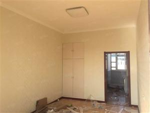 三部二区两室精装62平米
