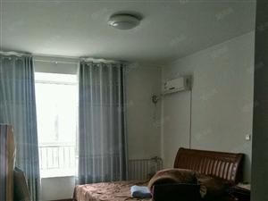 鹤伴豪庭电梯房三居室带四台空调洗衣机家具齐全带车位1500元