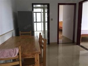 高速路口恒达荷香苑两室两厅精装修拎包入住