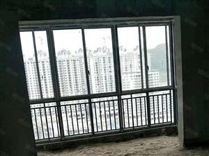 祁东新区华韵小区电梯17层4室有证可按揭月供急售价56.8万