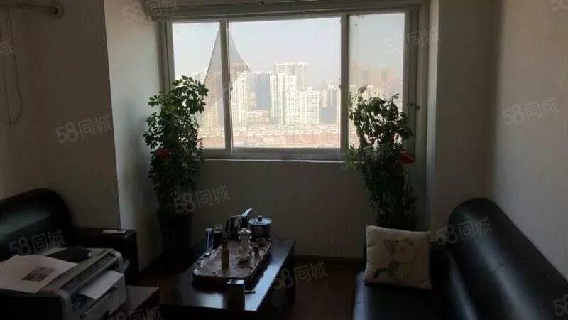 国贸大厦酒店式公寓房一室一卫精装修适合办公