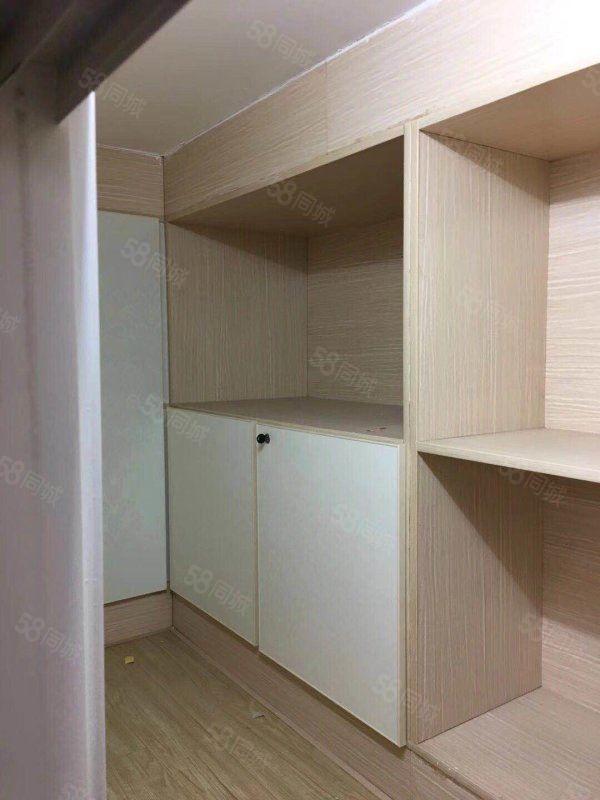 秦皇北路,公馆小区100平复式两室全配,拎包入住干净舒适出租