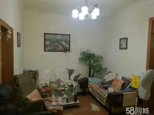 小东街教师公寓宿舍2室2厅1卫900月