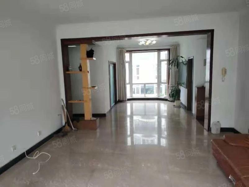 玉溪葫田二区精装4房2300元/月152平方便看房