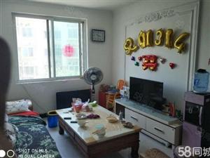 商品房阳光家园房三室两厅精装修准双气满两年可贷款