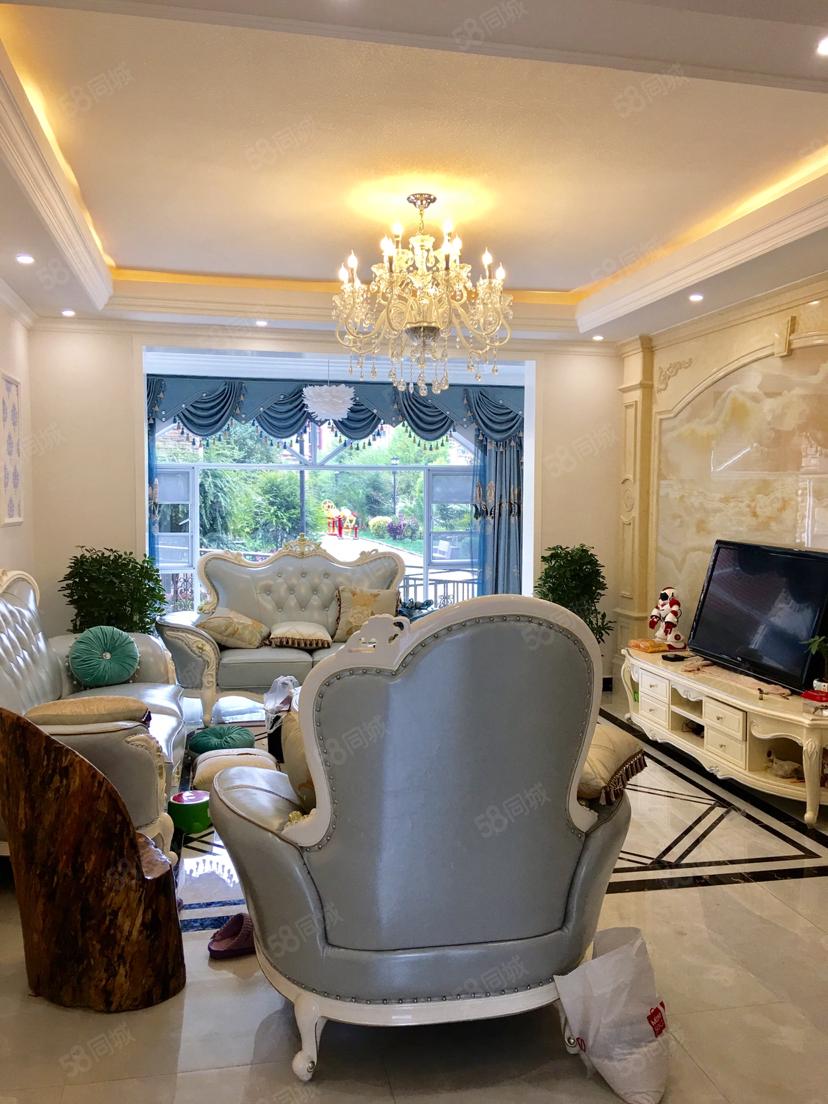 高黎贡国际旅游城,大型社区,阳光充足,高档,居家首选