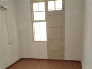 龙泉北路两房简单装修出售