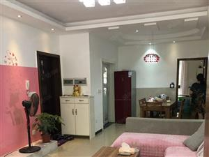 香榭公馆县中对面精装3房3楼小区环境优美学期房