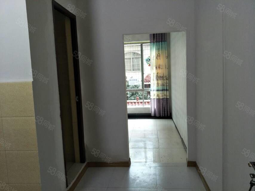 水果市场附近2楼一室一厨一卫新装修房价格经济实惠