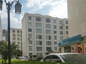 永园小区4楼带有床、沙发、鞋柜、油烟机等家具急租价钱可以谈