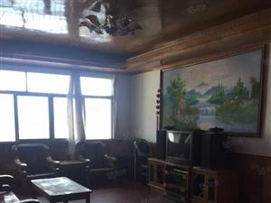南浦路中段3室2厅家具家电齐全拎包入住