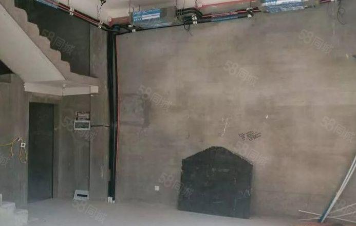 鲁香山别墅270平售房有院子有大门