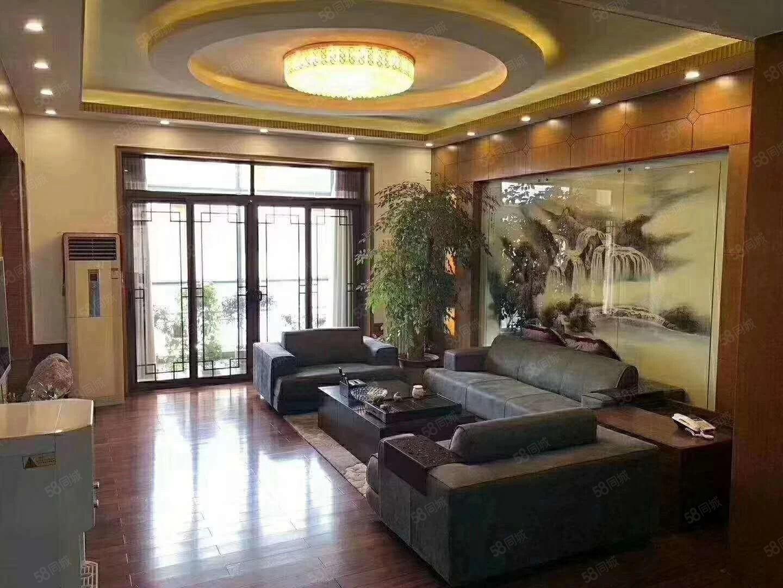 东湖绿苑豪庭大3室132平精装东湖公园好楼层书香名邸