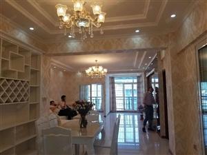 南岸东区东方名苑旁电梯全新精装房4房2厅2卫单价7450