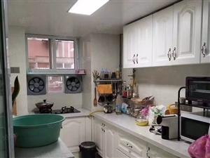 文化路黄河路地铁口标准一室一厅低楼层交通便利