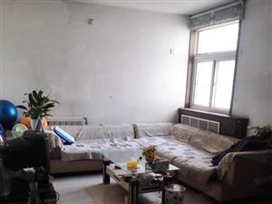 开发区振华西邻,天安怡园,三居室,简单家具,带空调,拎包入住
