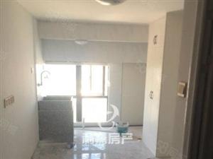 4房,4房,市中心调高复式楼出售,租金5000每月,急售
