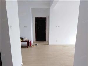 胜利花苑五区20楼简单装修3室2厅2卫,空房2万/年