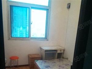 经开区福塔体育场附近,小区内朝北卧室450元急租,房租月付