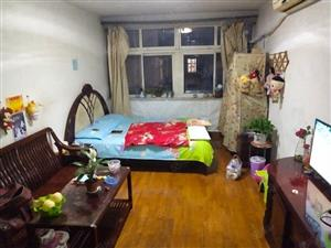 杭州路四方小学附近永乐小区南北卧套二6楼不是顶