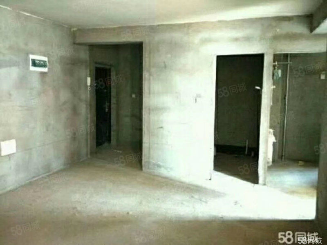 阳光花城136平128万3室2厅2卫有证可贷款带小房6/9层