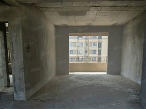 翰林府抵正规三房两厅两卫户型端正,小区绿化好