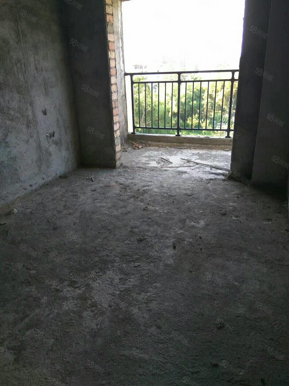 威尼斯人网址新城花园3室2厅2卫124.25