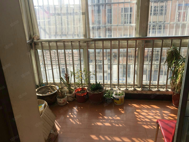 华星颐和园中等装修特好楼层,可按揭,低于市场价,家具家电全