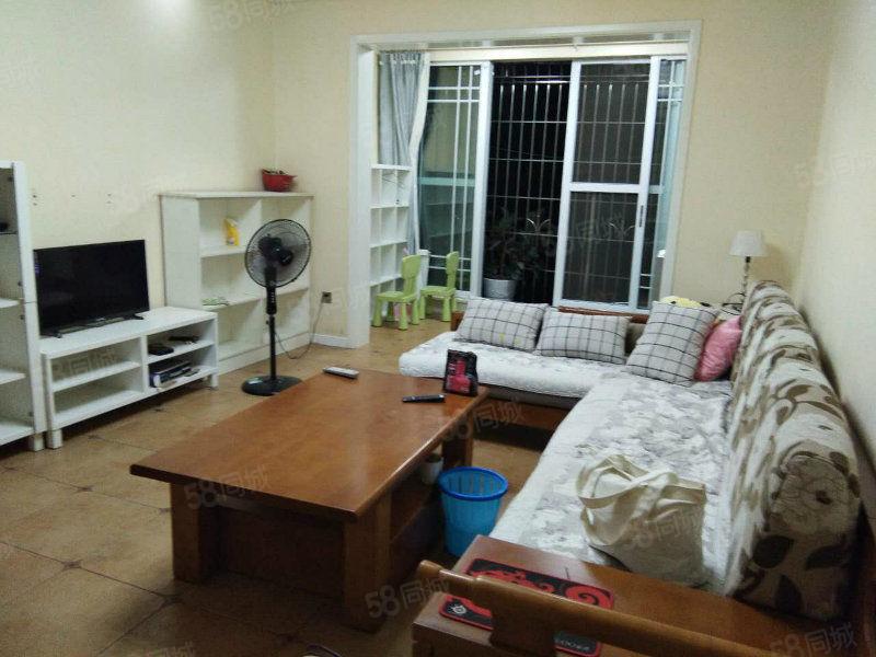泸县二中对面三楼精装两室出租,未住过人的