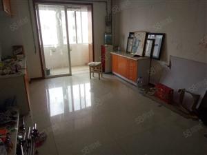 爱家雅居3楼大两室简单装修好楼层好房源仅此一套