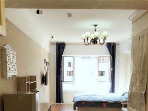 很好的一居室东西配齐了年租可以商量短租