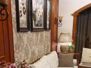 洲际华府,1楼带花园,豪华装修,带家具家电出售