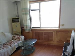 利苑小区5楼60型3室1厅干净整洁,家具家电齐全1.3万