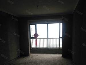 青屏山城,三室两厅两卫,毛坯,可按揭,新房